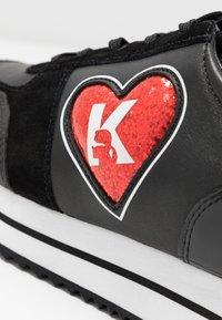KARL LAGERFELD - VELOCITA K-LOVE - Sneakersy niskie - black/red - 2