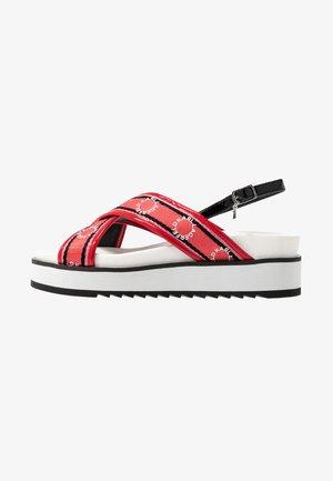 KONDO RING LOGO X-STRAP - Platform sandals - black/red