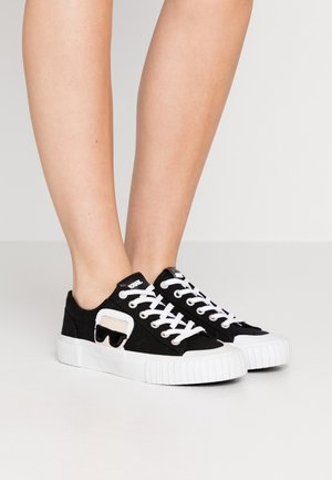 KAMPUS IKONIC LACE - Sneakers laag - black