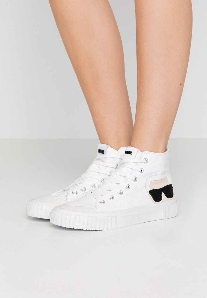 KARL LAGERFELD - KAMPUS IKONIC LACE - Baskets montantes - white