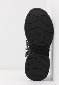 KARL LAGERFELD - MUTLI-STRAP SLING - Korkeakorkoiset sandaalit - black - 6