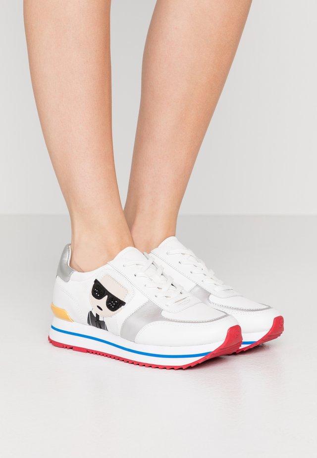VELOCITA IKONIC METEOR - Sneaker low - white/multicolor