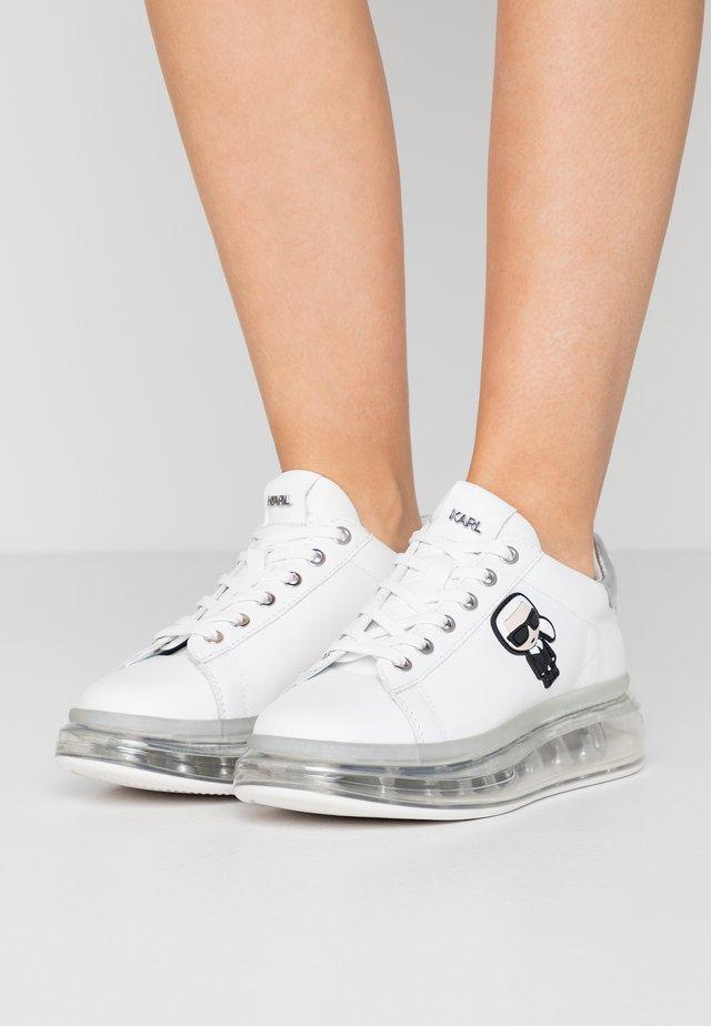 KAPRI KUSHION IKONIC LACE - Sneakers laag - white/silver
