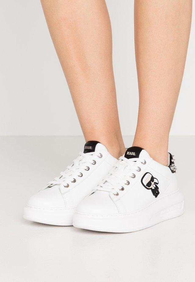 KAPRI IKONIC STUD TAB - Sneaker low - white/black