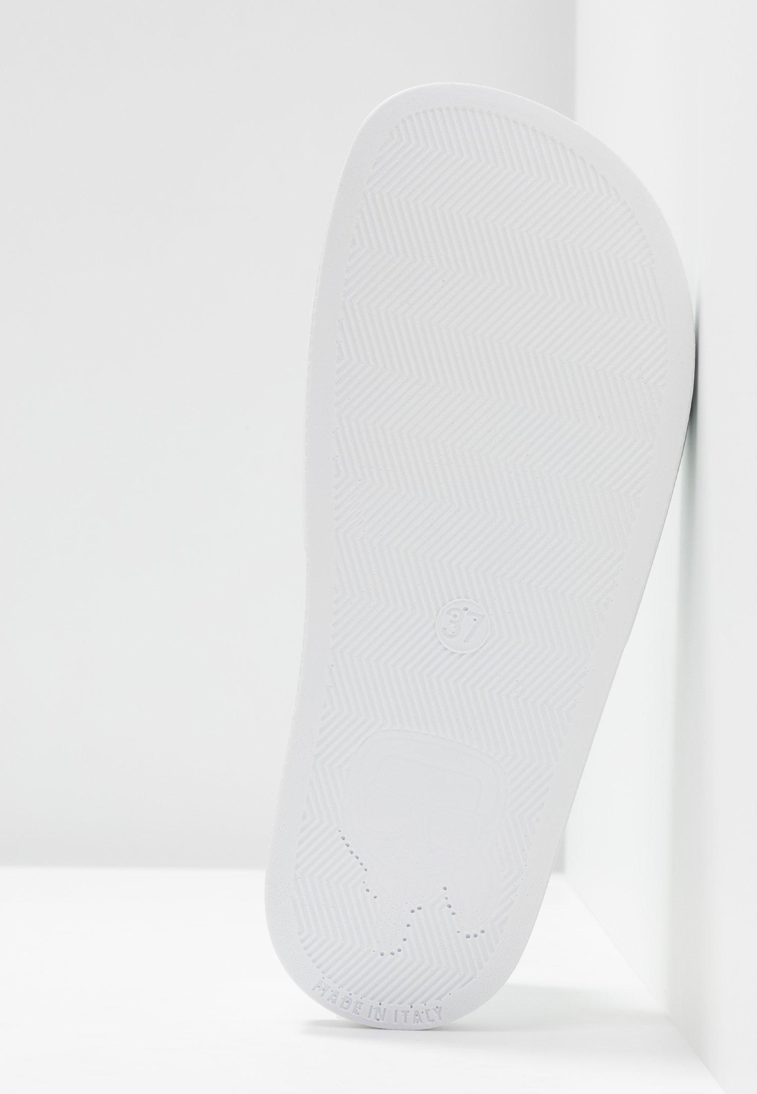 KARL LAGERFELD KONDO IKONIC SLIDE - Klapki - white