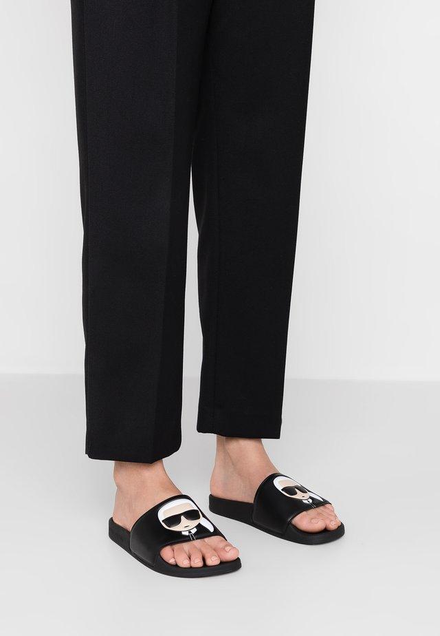 KONDO IKONIC SLIDE - Pantofle - black