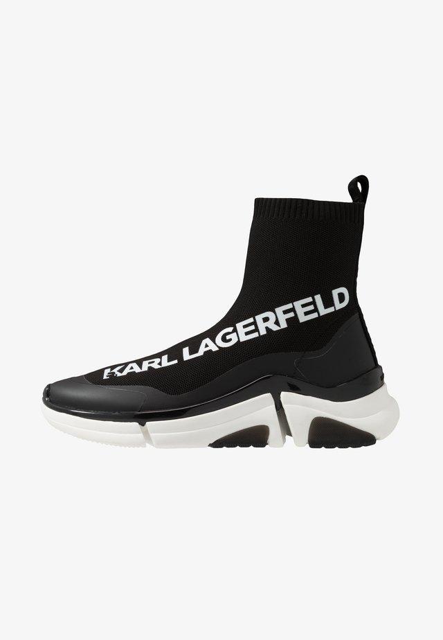 VENTURE - Höga sneakers - black/white