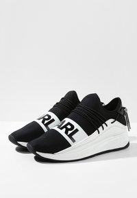KARL LAGERFELD - VEKTOR BAND RUNNER - Trainers - black/white - 2