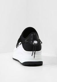 KARL LAGERFELD - VEKTOR BAND RUNNER - Trainers - black/white - 3