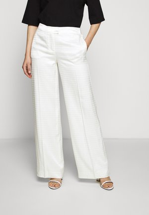 CAMEO LOGO PANTS - Trousers - off white