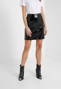 KARL LAGERFELD - Pencil skirt - black - 0