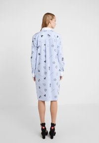 KARL LAGERFELD - SHIRT DRESS - Skjortekjole - blue - 2