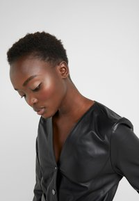 KARL LAGERFELD - DRESS TIE - Vestito estivo - black - 3