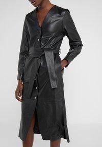 KARL LAGERFELD - DRESS TIE - Vestito estivo - black - 5