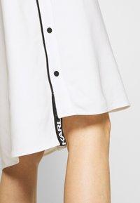 KARL LAGERFELD - CADY DRESS SNAP DETAILS - Robe d'été - white - 6