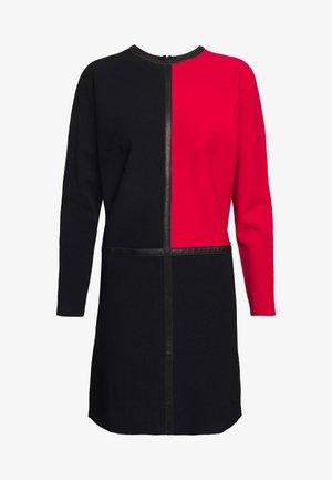 COLORBLOCK DRESS - Jumper dress - black