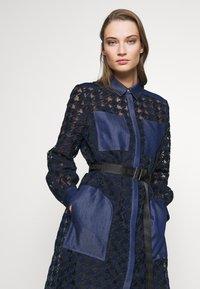KARL LAGERFELD - BURN OUT DRESS - Vestido camisero - blue - 2
