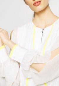KARL LAGERFELD - DRESS CIRCLE - Maxi šaty - off white - 5