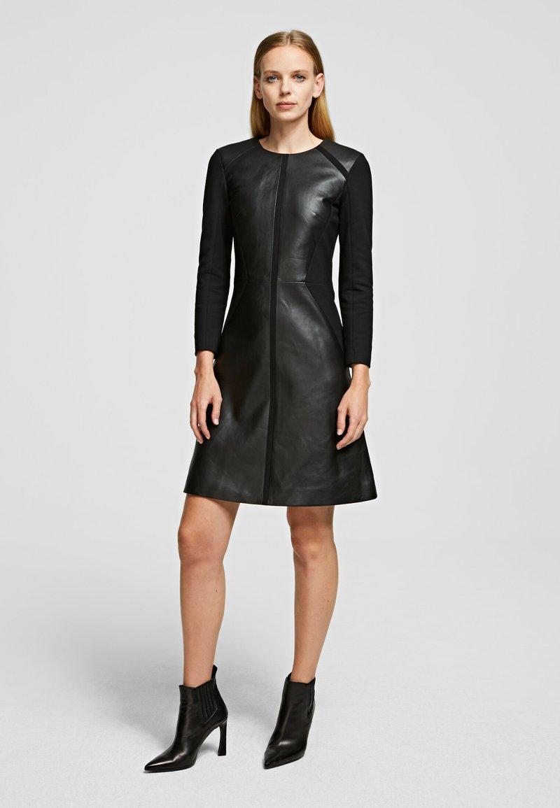 KARL LAGERFELD - Vestido informal - black