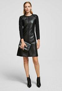 KARL LAGERFELD - Vestido informal - black - 1