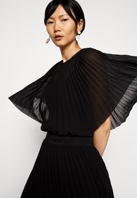 KARL LAGERFELD - PLEATED MAXI DRESS - Abito da sera - black - 5