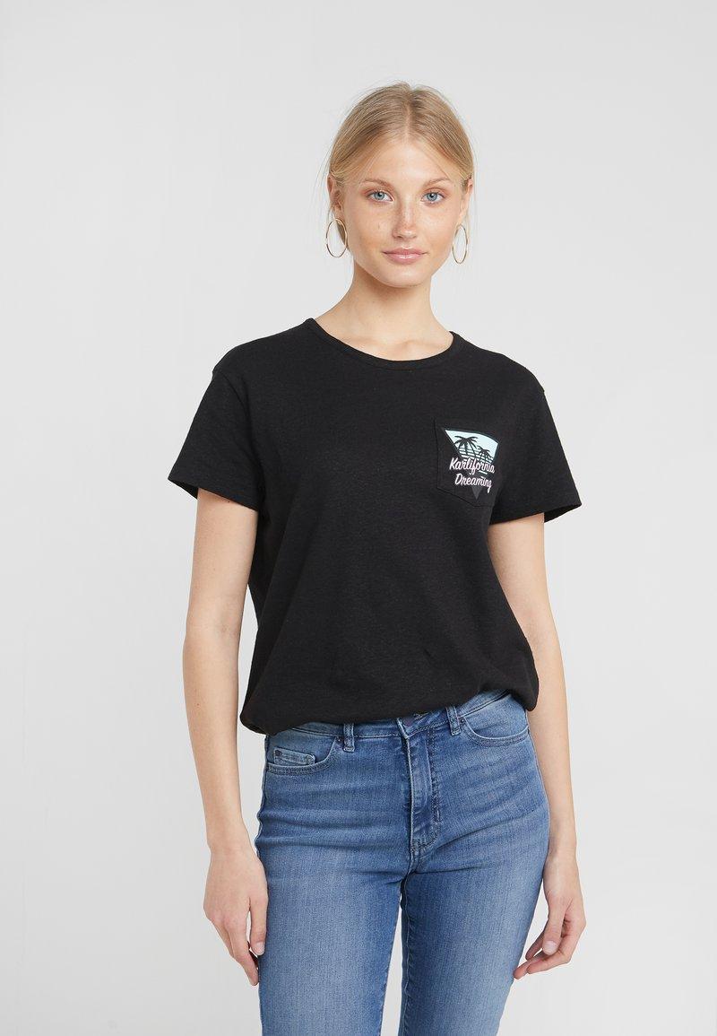 KARL LAGERFELD - KARLIFORNIA POCKET TEE - Camiseta estampada - black