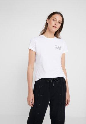 KARL X OLIVIA MINI PROFILE TEE - T-shirts med print - white