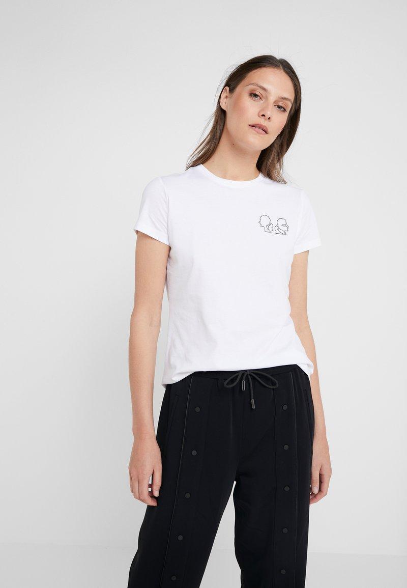 KARL LAGERFELD - KARL X OLIVIA MINI PROFILE TEE - Camiseta estampada - white