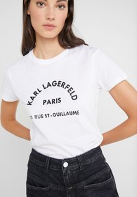 KARL LAGERFELD - ADDRESS  - Triko s potiskem - white - 5