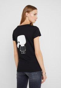 KARL LAGERFELD - IKONIK - Camiseta estampada - black - 2