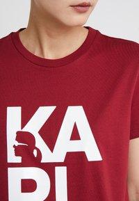 KARL LAGERFELD - SQUARE LOGO TEE - Camiseta estampada - burgundy - 6