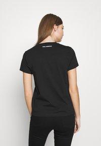 KARL LAGERFELD - CIRCLE LOGO - Camiseta estampada - black - 2