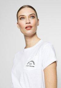 KARL LAGERFELD - ADDRESS POCKET TEE - Jednoduché triko - white - 3