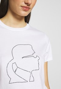 KARL LAGERFELD - PROFILE RHINESTONE TEE - T-shirt z nadrukiem - white - 4