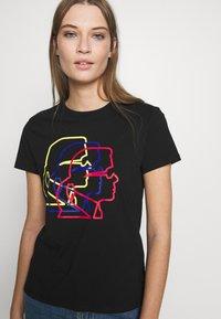 KARL LAGERFELD - PROFILE TEE - T-shirt z nadrukiem - black - 3