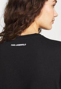 KARL LAGERFELD - BOUCLE HEAD - Camiseta estampada - black - 4
