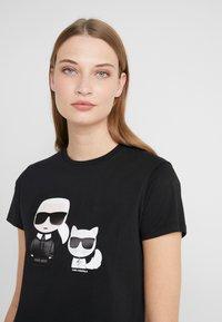 KARL LAGERFELD - IKONIK CHOUPETTE TEE - T-shirt imprimé - black - 3
