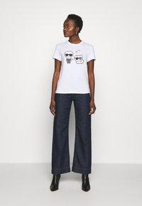 KARL LAGERFELD - PIXEL CHOUPETTE - T-shirt print - white - 1