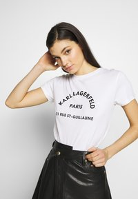KARL LAGERFELD - ADDRESS LOGO TEE - T-shirt imprimé - white - 3