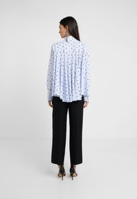 KARL LAGERFELD - Button-down blouse - white/blue - 2