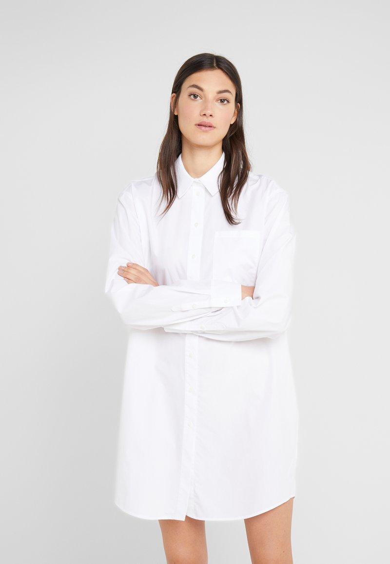KARL LAGERFELD - EMBELLISHED LOGO - Skjorte - white