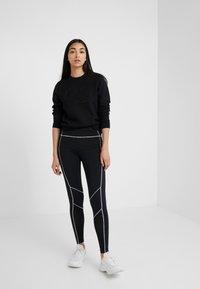 KARL LAGERFELD - OLIVIA PROFILE - Sweatshirt - black - 1