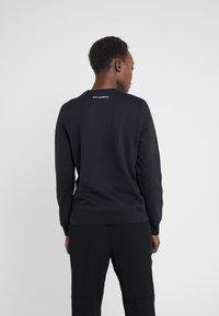 KARL LAGERFELD - KARL'S TREASURE KNIGHT SWEAT - Sweatshirt - black - 2