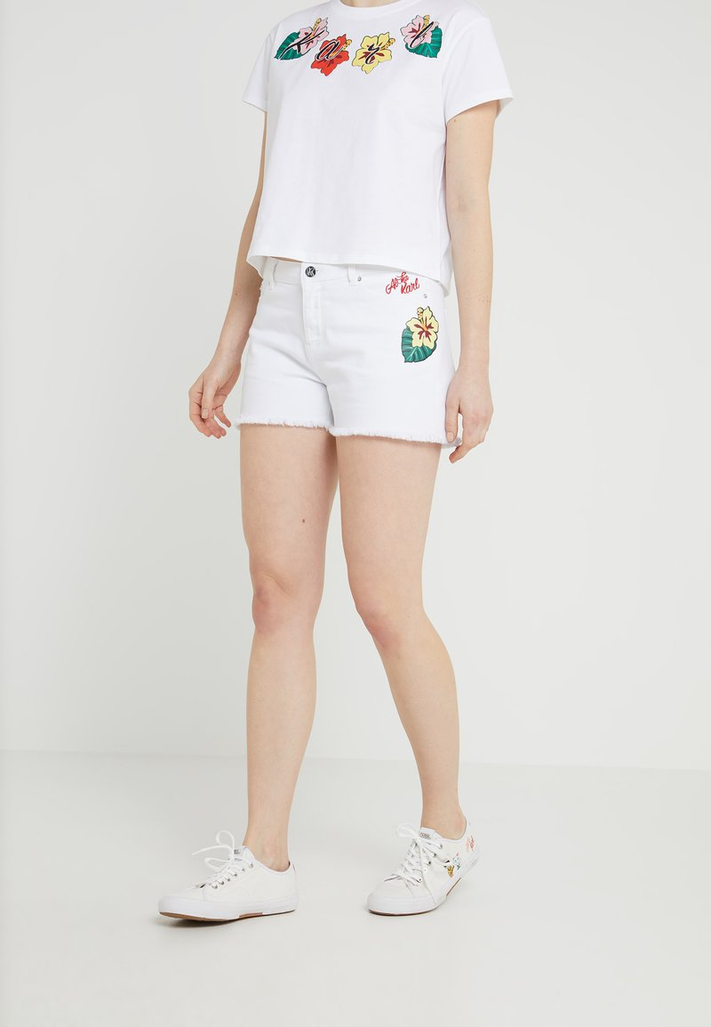 KARL LAGERFELD - HAWAII  - Jeans Shorts - white