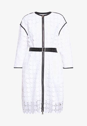 CIRCLE COAT - Zimní kabát - white
