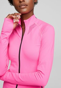 KARL LAGERFELD - R.ST-GUILLAUME  - Trainingsvest - bright pink - 4