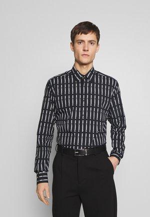 MODERN FIT - Skjorter - black