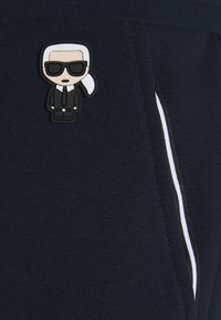 KARL LAGERFELD - PANTS - Pantalon de survêtement - navy - 0