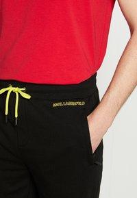 KARL LAGERFELD - Shorts - black - 3