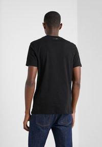 KARL LAGERFELD - CREWNECK - T-Shirt print - black - 2